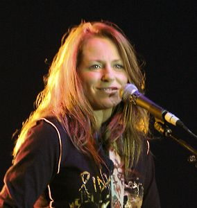 Deana Carter, June 2005