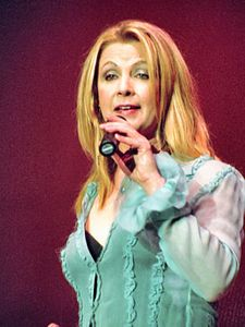 Patty Loveless2004
